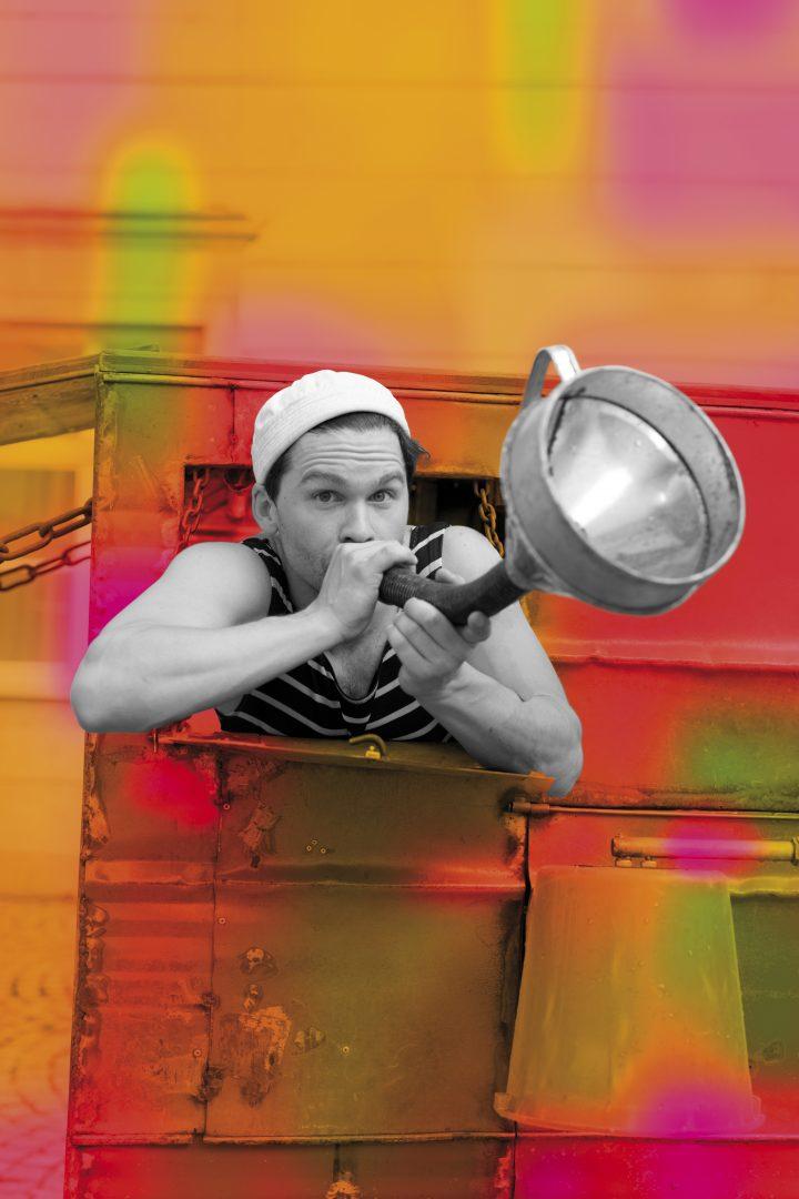 Mann mit Trichter als Trompete